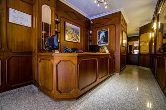 Z1 - Hotel Cafetería Mediante