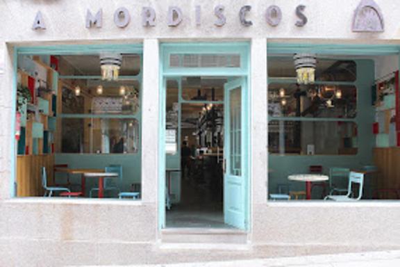 A Mordiscos