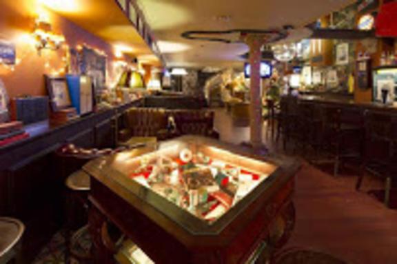 Los 80´s Coctel Bar