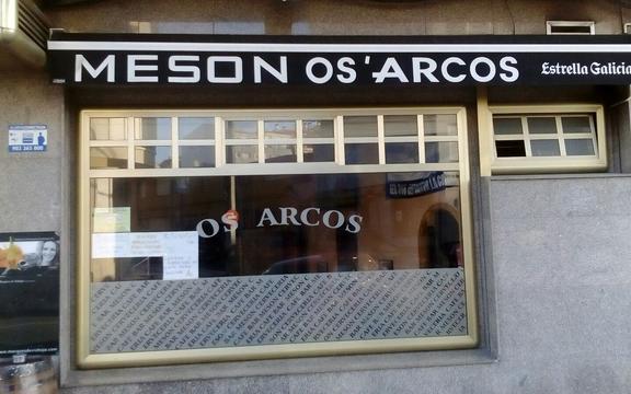 MESÓN OS ARCOS
