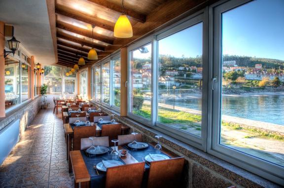 Hotel Restaurante Praia de Quenxe