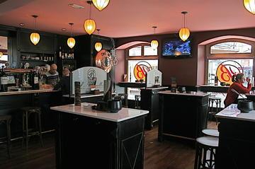 Z2 - Cafetería La Bugalla