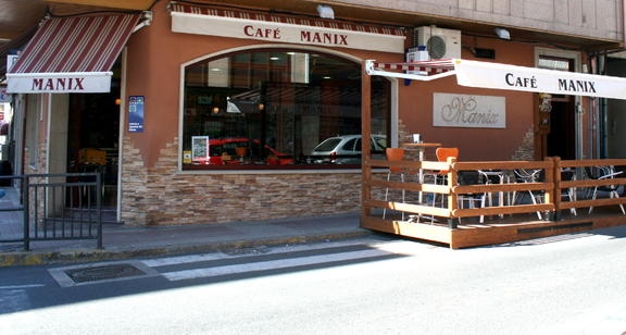 CAFÉ BAR MÁNIX