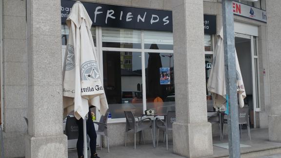 CERVECERÍA FRIENDS