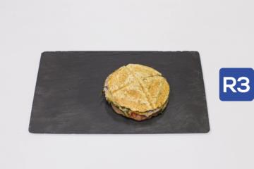 R3- Sandwich de cocido con queixo san simón