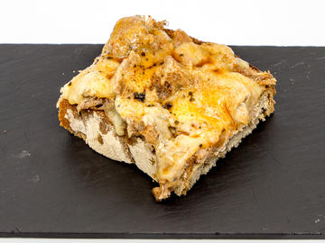 Pincho: Tosta de rixóns ao San Simon