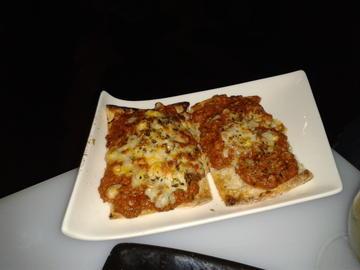"""""""Tosta boloñesa con queixo mozzarella"""""""