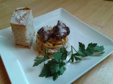 Carrilleras en prebe con champiñón Portobello