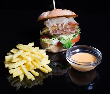 Mini hamburguesa de boi
