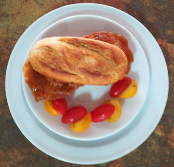 Bocatin de solomillo ibérico. Snack of Iberian sirloin.
