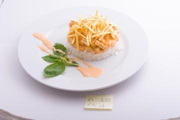 Strogonoff de polo e pataca de Galicia