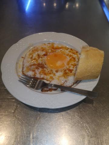Huevo al ajo arriero